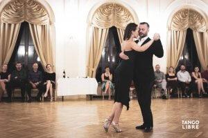 Online-ferfi-tango-technika-endre